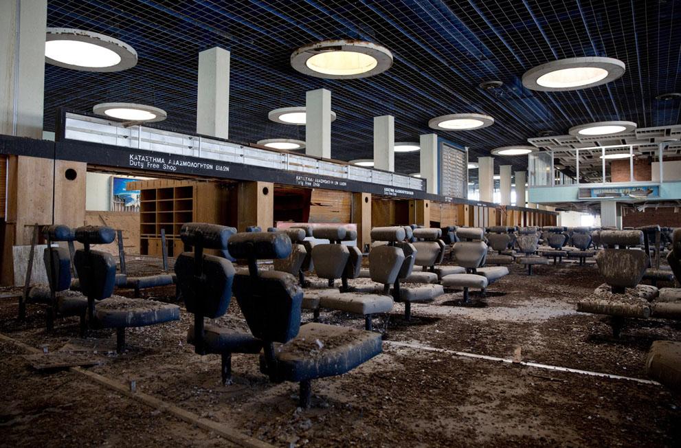 Зона вылета в заброшенном аэропорту Никосии